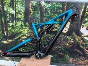 SPECIALIZED Used Enduro Elite Carbon Frame Medium