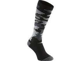 MADISON Isoler Merino deep winter knee-high sock, black camo