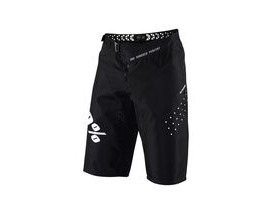 100% R-Core Shorts Black